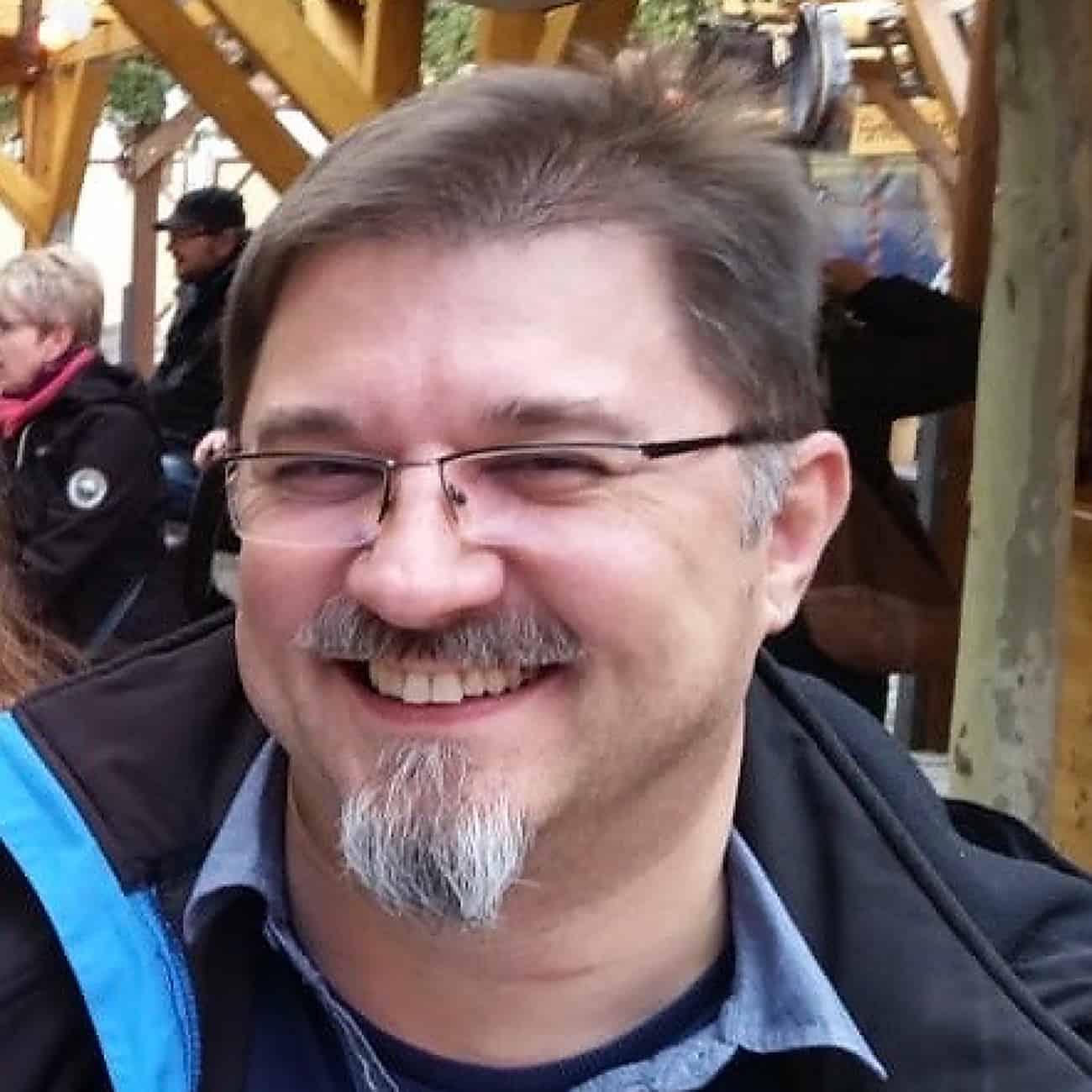 Simon Avendano
